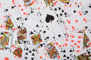 Juegos con cartas - Baraja de naipes franceses